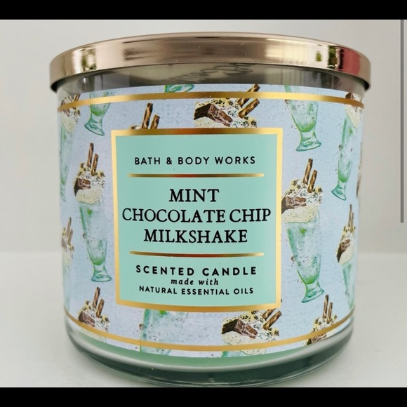 MINT CHOCOLATE CHIP MILKSHAKE BATH & BODY CANDLE